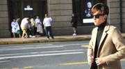 上海:模特高温下穿羽绒服拍照