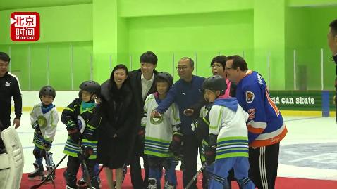 花滑世界冠军佟健:给孩子们创造更多机会 为冬奥会添砖加瓦