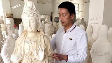 """高级工艺美术师 郭正济:高温窑里烧出""""高大上"""""""