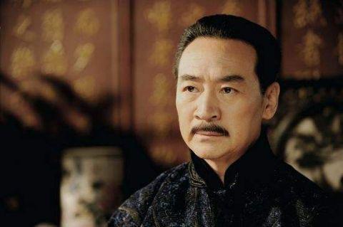 后来,又在《少帅春秋》,《死刑与婚礼》,《杨虎城》,《满洲虎行动》