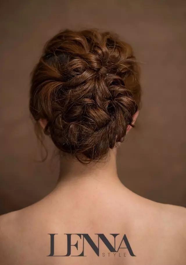 6种风格新娘盘发,韩式,森系,复古,唯美……你想要的都