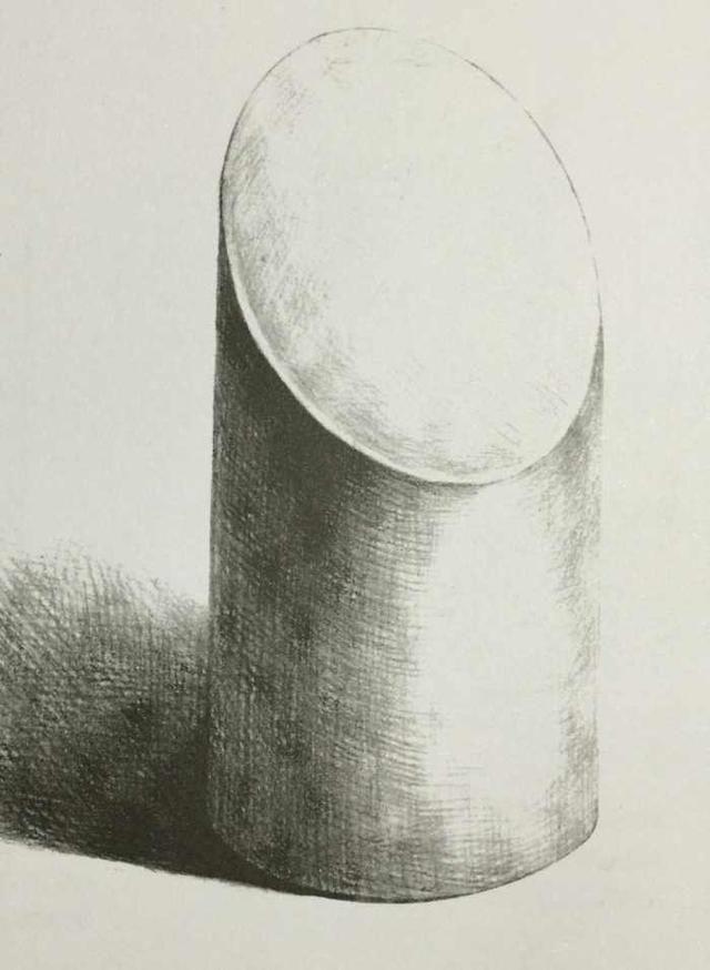 2,切面圆柱体的明暗表现大致和圆柱体是相同的,一定要注意过渡和融合
