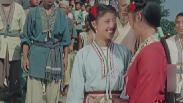 《戏里戏外》20200218中国第一部风光音乐故事片《刘三姐》