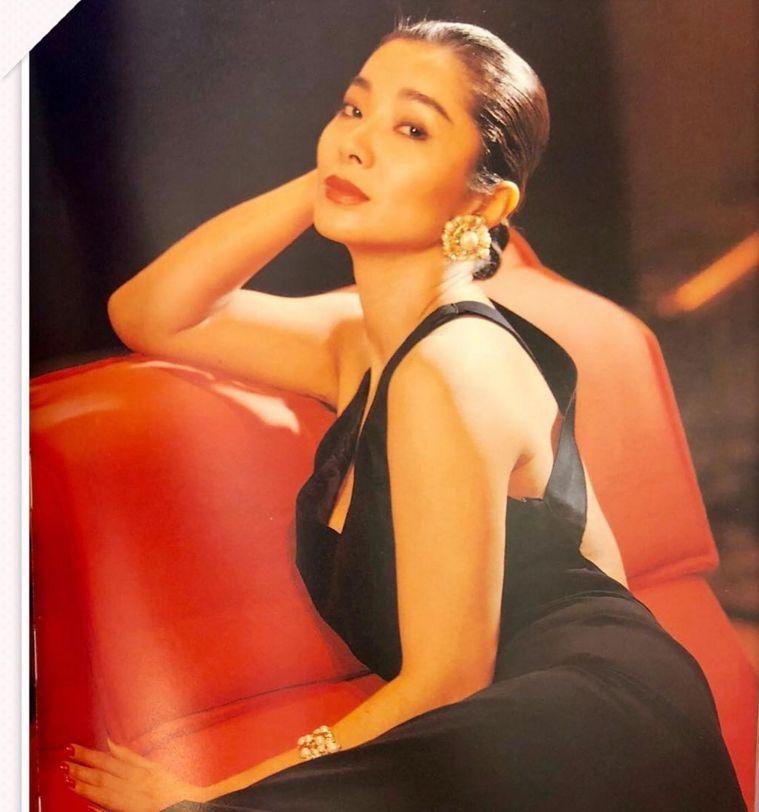 农村熟女老太太_台湾最美老太太,62岁依然美艳动人,性感到爆.