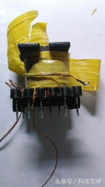 lm324n ka3842ap hfp4n60 el817 431 第一步:改制开关变压器 用热风枪
