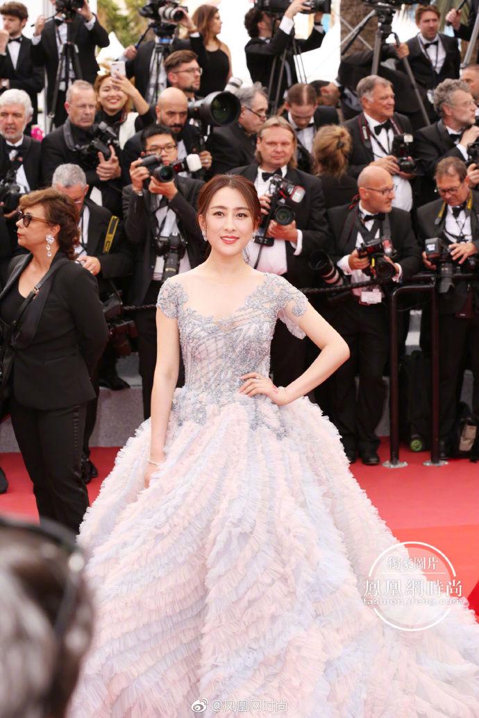 2018年戛纳电影节击中演员,带你直开幕国明星的红毯秀香港仪式中的内地电影图片