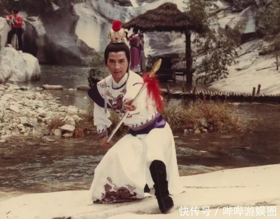 曹荣八仙过海龙表弟