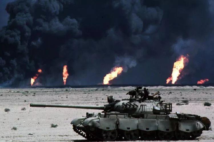 战争导致科威特遍地的油井燃烧 欠债不还还打人?