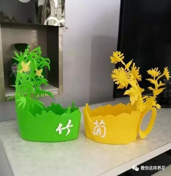 洗衣液桶不要扔,这样剪两刀,比买的花盆还漂亮!
