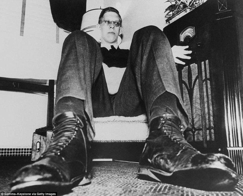 史海钩沉:世界上最高的人--美国的罗伯特潘兴瓦德罗