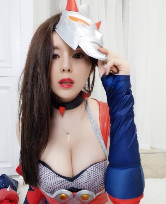 游戏主播张琪格实力cos, 自曝想上热门, 网友: 衣服太图片