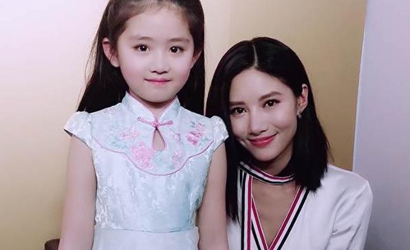 """剧中""""张果果""""的养女""""张乐童""""有所印象,小姑娘表演的非常出色,也很可爱"""
