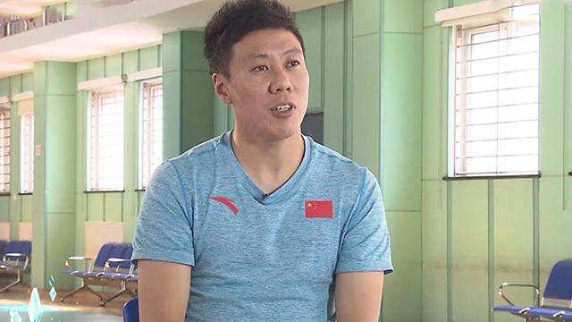 《奥运故事会》20200121三朝元老的空中飞人——贾宗洋