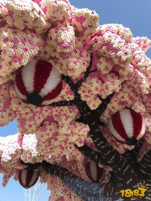 世界最大乐高樱花树:88万块积木拼接 获吉尼斯世界纪录