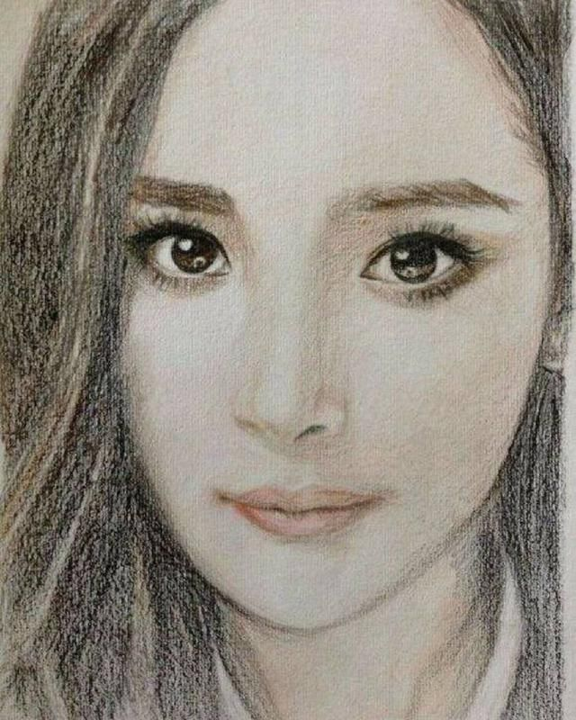 8位当红女艺人的素描画,唐嫣最媚,杨幂最美,赵丽颖最清纯