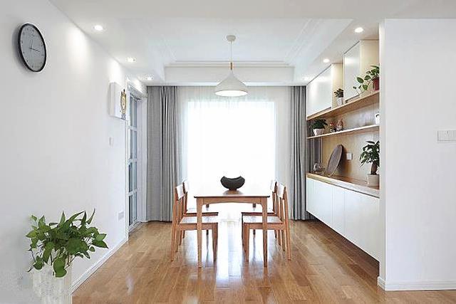 12万装修的简洁新房,只刷白墙,不装吊顶,这才是家的感觉