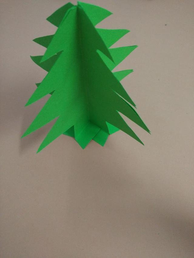 幼儿园卡纸手工diy:圣诞树礼品盒