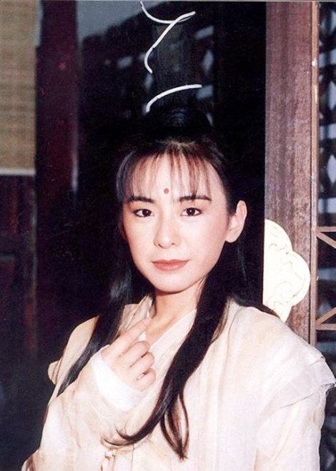 最丑金庸女主,拒绝琼瑶,被渣男骗十年险死,今成温暖的