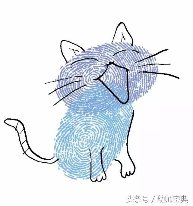 套装里配了一些动物形状的海绵,用笔刷给它刷上自己喜爱的颜色.