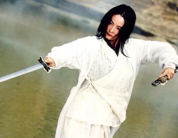 剑魔独孤求败扮演者,黄日华帅气,小沈阳离谱,最美的她