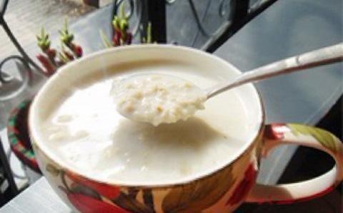 健身减肥的人都爱喝牛奶煮燕麦片?吃159喝茶辟谷期间水图片