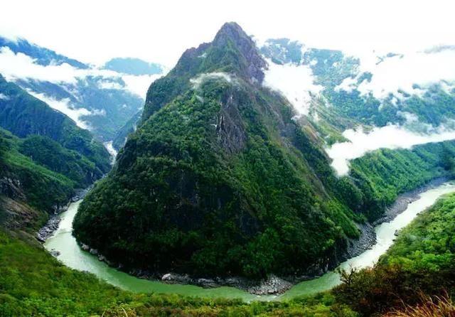 中国海拔最高的大河——雅鲁藏布江