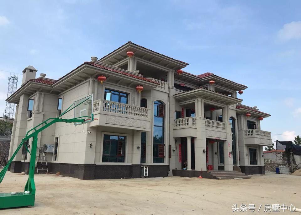 自建别墅设计:邵东廉桥别墅,太豪华了,犹如皇宫,有点不像家了