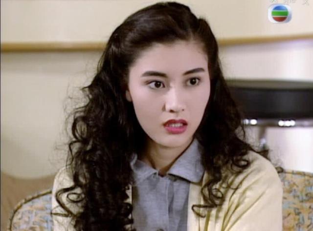 90年代香港女星发型合集,黎姿的颜值逆天,蔡少芬娇俏到炸裂