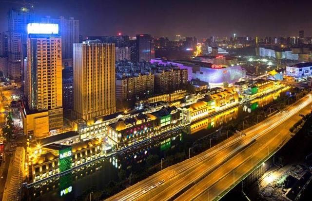 襄樊和荆州两座城市哪个经济实力雄厚,荆州是不是历史