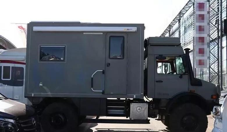 越野之王--奔驰乌尼莫克u4000全地形房车
