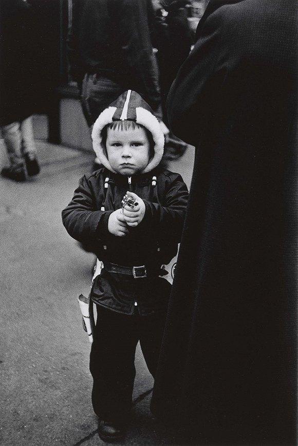 """黛安·阿勃丝45周年祭 """"摄影界的文森特·凡高"""""""