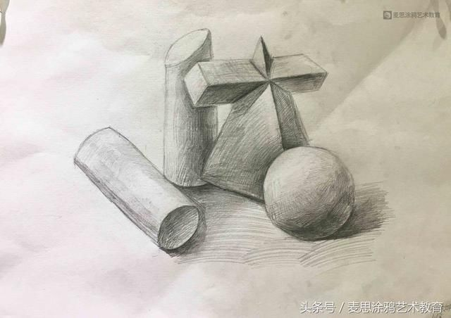 陶瓷瓶子素描步骤图片