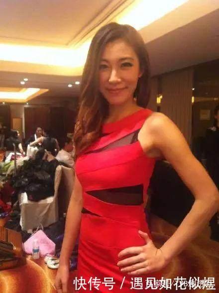 李美惠是一个很活泼的女孩子_\
