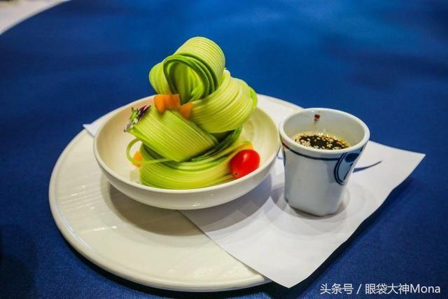 杭州古镇30公里有个免费的百年美食,人少景雅盐津县周边图片