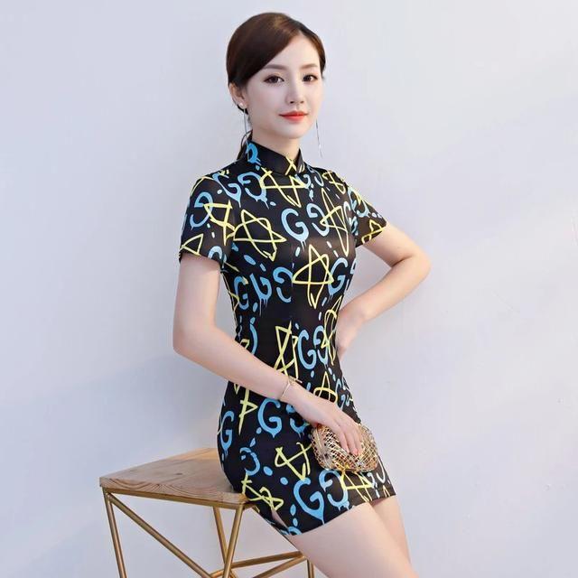 不一样的花纹旗袍,带给你不一样的超美体验!