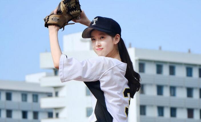 骑妹妹电影网站_奶茶妹妹棒球写真旧照公开 秒杀一片网红简直就是青春