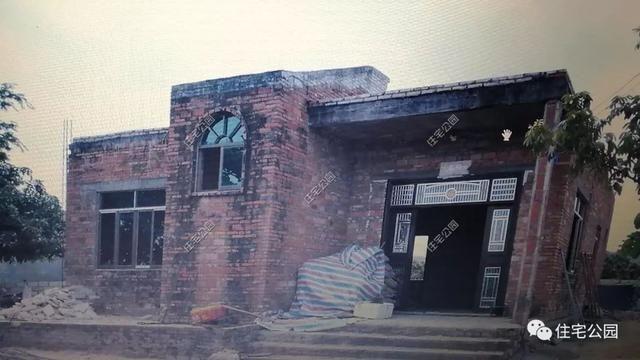 平房一别墅盖台风被二层逼停,几年后一层海南车库两带别墅农村间图片