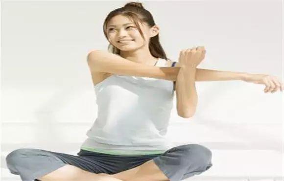 瘦手臂的最快方法--手臂减肥看过来