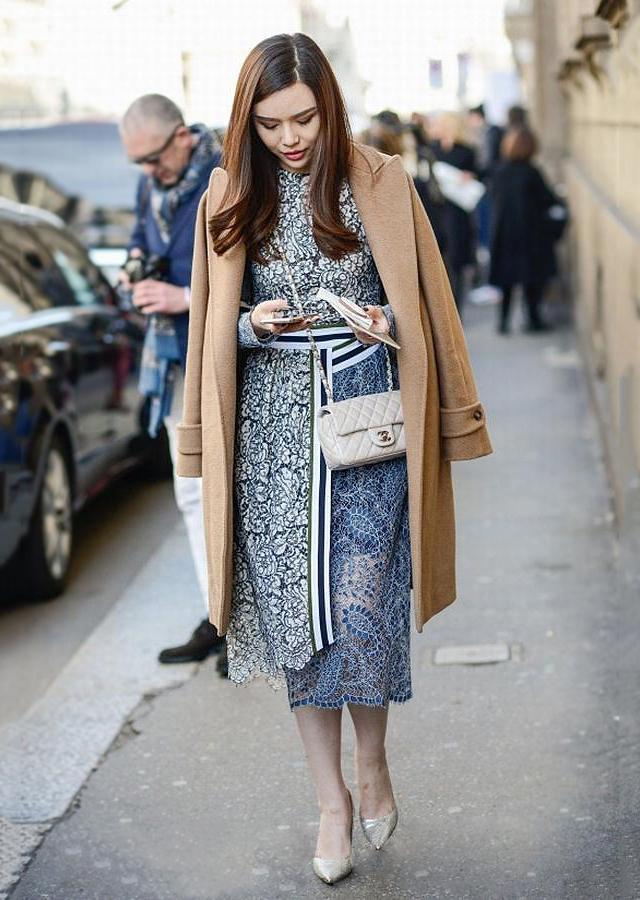 从2017时装周街拍看今年春天裙子怎么穿