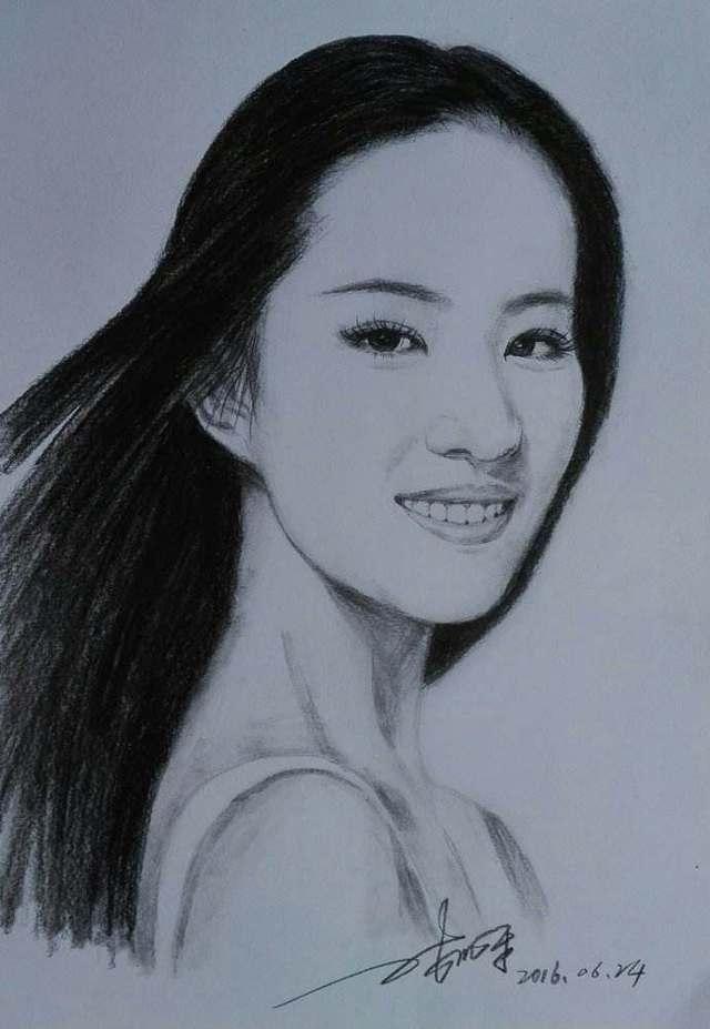 网友给女星素描画像打分,刘亦菲80,郑爽92,杨幂得了99
