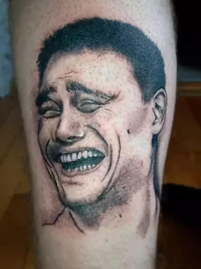 让人无法直视的纹身,贫穷限制了我的想象