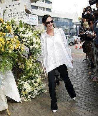 梅艳芳的葬礼上,张柏芝的一个举动被人骂到了现在!