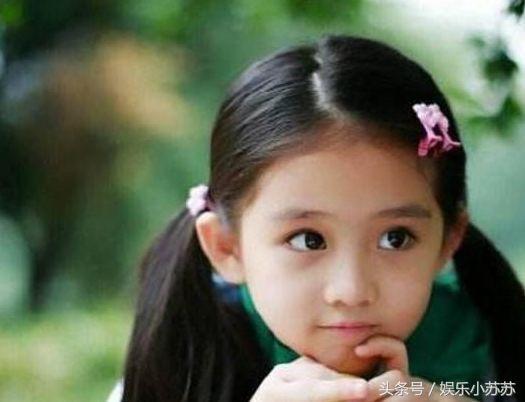 可爱的王亭文是《因为遇见你》中的小乐童,不逊于大人的演技和说哭就