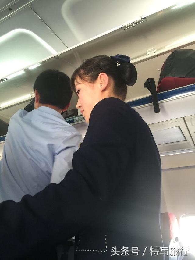 中国小伙从沈阳坐飞机去朝鲜平壤旅游,见识到