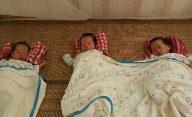 【转】北京时间        孕妇生下三胞胎女儿 被婆婆狂扇耳光 - 妙康居士 - 妙康居士~晴樵雪读的博客