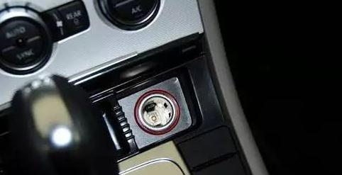 停车后的这5个动作 分分钟毁了汽车电池!