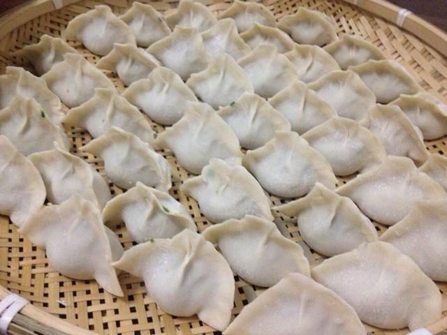 猪肉韭菜白菜饺子的家常做法,好吃不好吃调馅