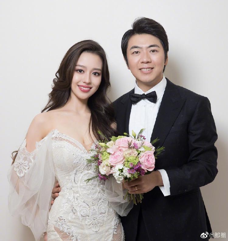 钢琴家郎朗在微博上公布结婚喜讯 找到我的爱丽丝