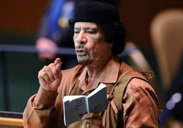 利比亚战争,卡扎菲的精锐部队为何最后只剩下