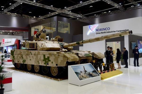 这国***见完特朗普就宣布购买中国坦克(图)